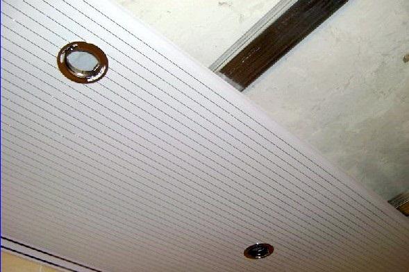 Пластиковый потолок в коридор своими руками